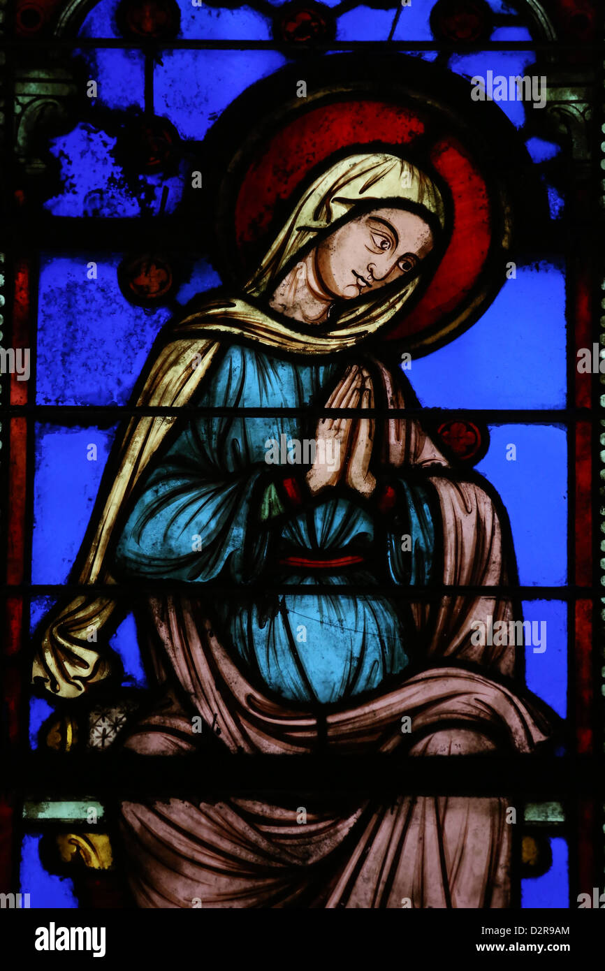 Stained glass window depicting the Virgin Mary, The Holy Chapel (La Sainte-Chapelle), Paris, France, Europe - Stock Image