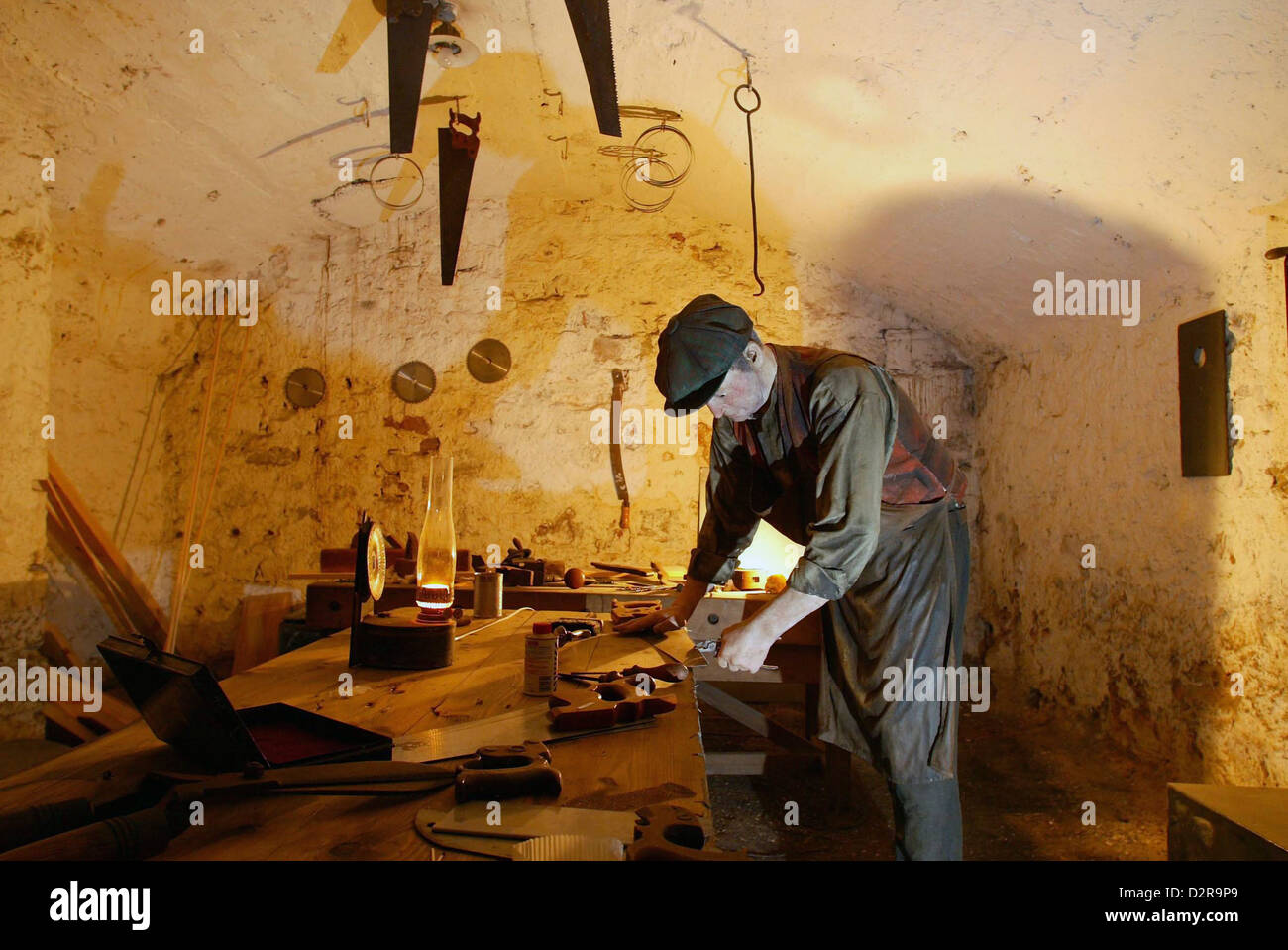 Chesney's workshop, one of the displays at the Real Mary King's Close tourist attraction in Edinburgh, Scotland - Stock Image