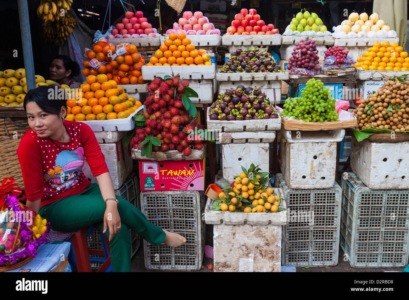 Fruit store, Central Market, Phnom Penh, Cambodia, Indochina, Southeast Asia, Asia - Stock Image
