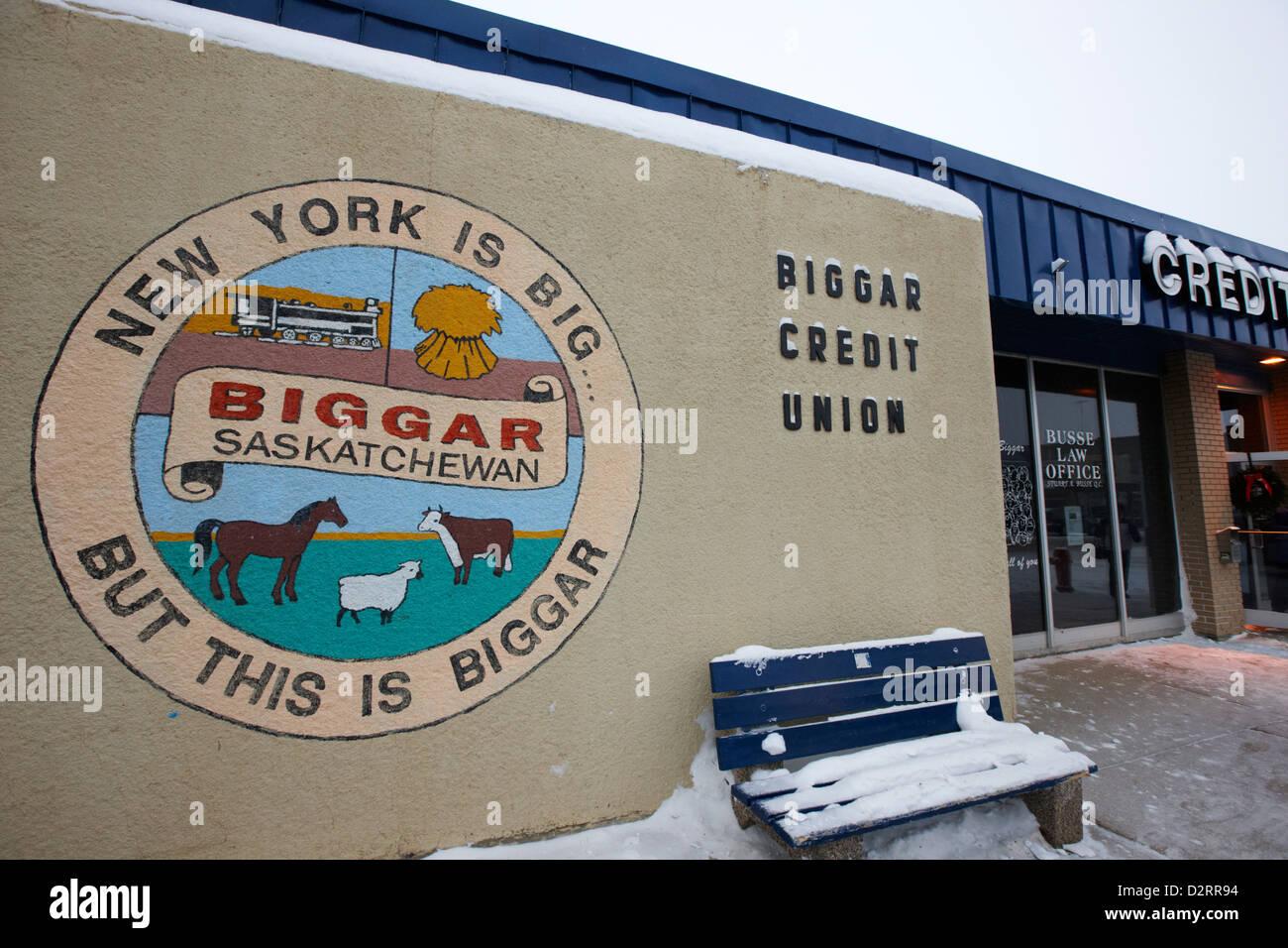 new york is big but this is biggar slogan sign Biggar credit union Saskatchewan Canada - Stock Image