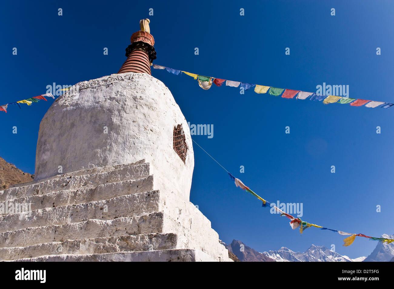 Chorten, Khumbu (Everest) Region, Nepal, Himalayas, Asia - Stock Image