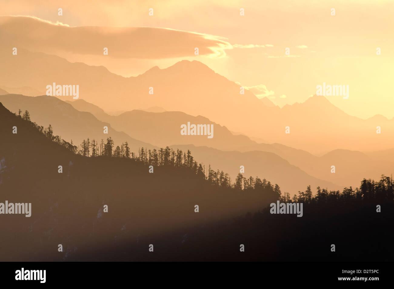 View from Poon Hilll at dawn, Ghorepani, Annapurna Himal, Nepal, Himalayas, Asia - Stock Image