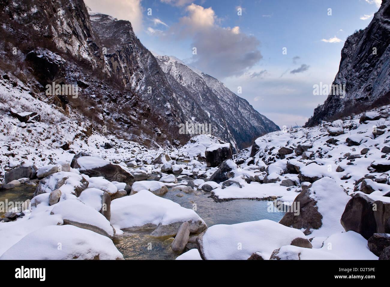 Modi Khola River, Annapurna Himal, Nepal, Himalayas, Asia - Stock Image