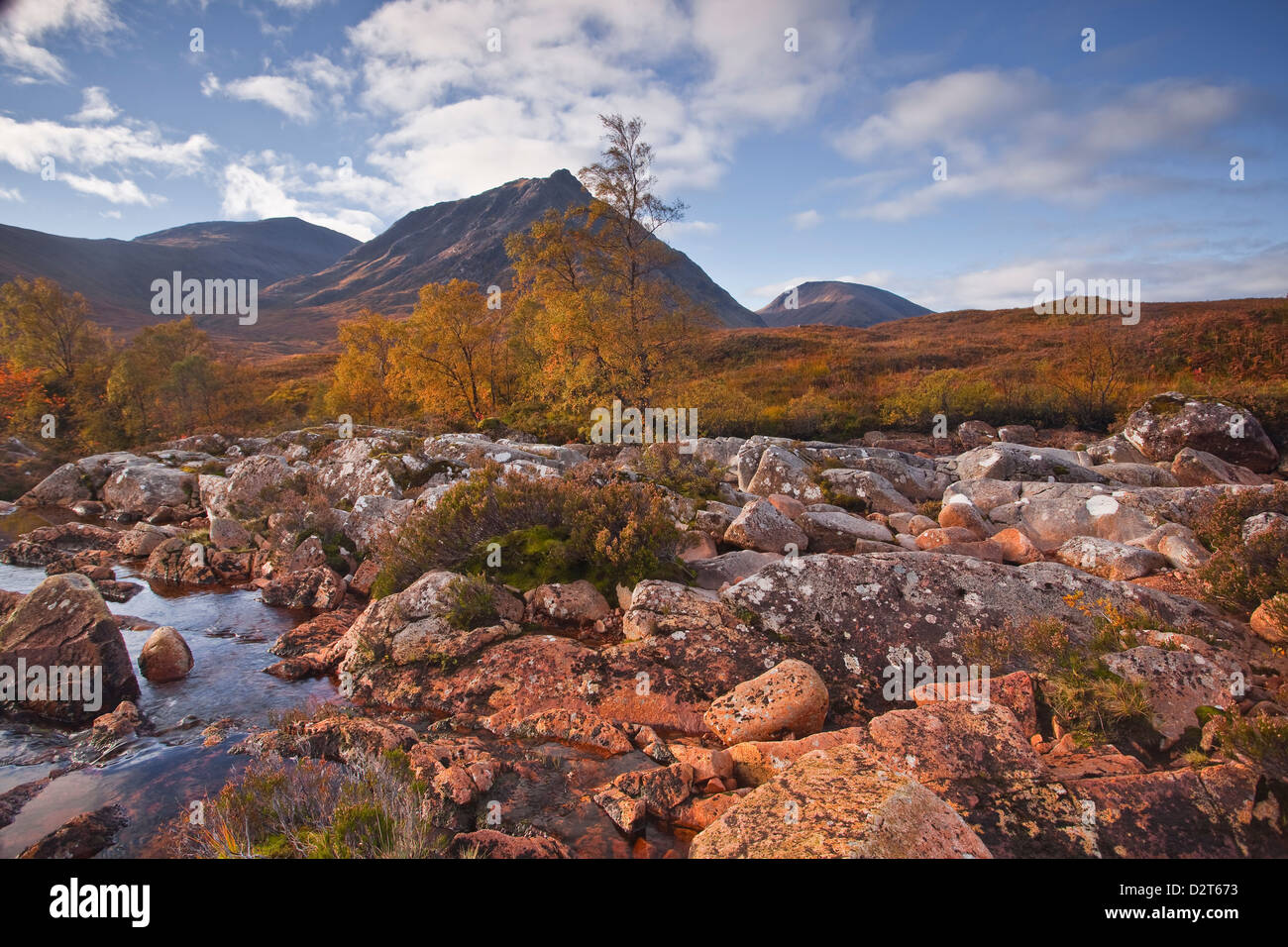 Stob a Ghlais Choire with the river Etive flowing past it, an area on the corner of Glen Coe and Glen Etive, Scotland, - Stock Image
