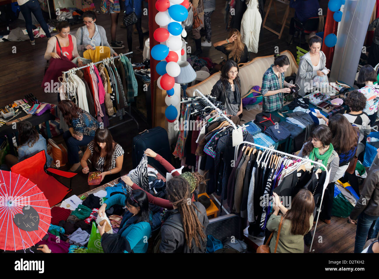 Second hand market at Taberna das Almas, Lisbon, Portugal. - Stock Image