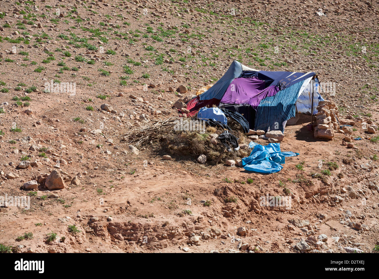 Homes and settlements of Berber nomads in Boughrar Valley, Morocco, North Africa - Stock Image