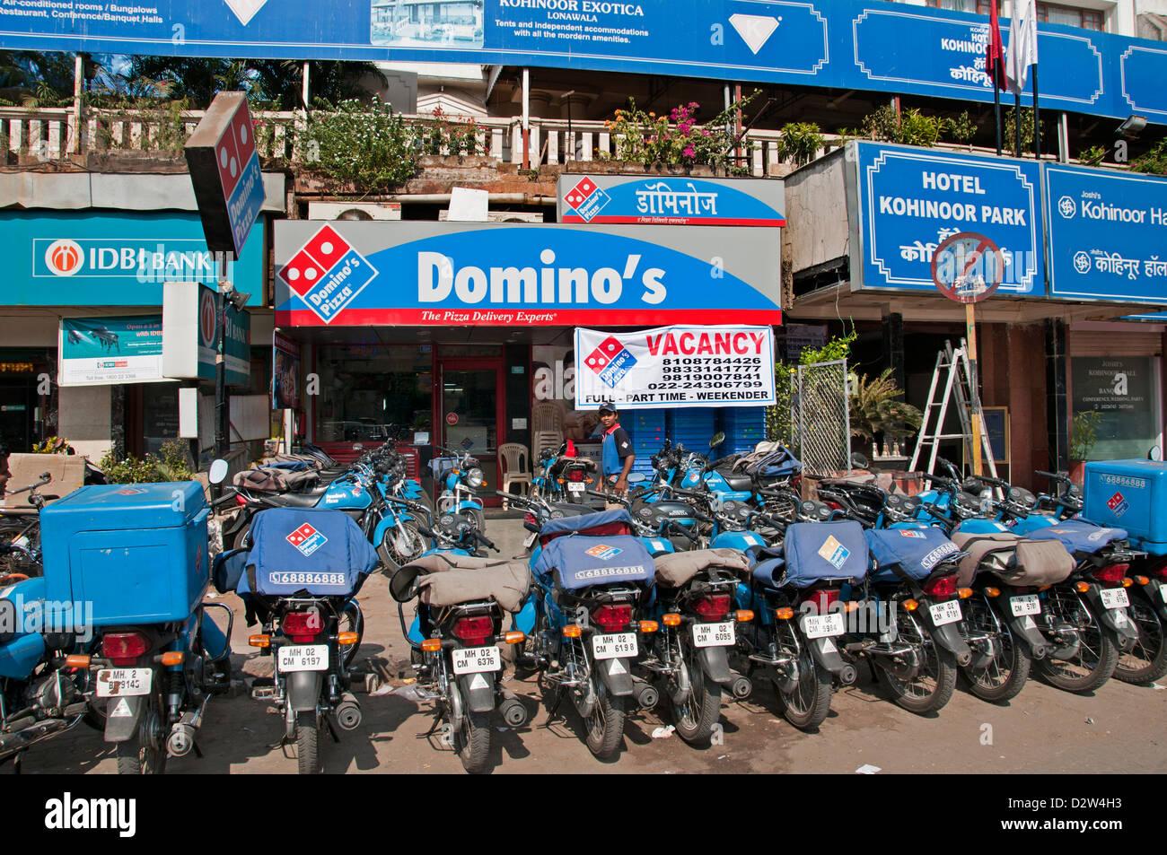 Domino's The Suburbs Bandra Mumbai ( Bombay ) India Fast Foo - Stock Image