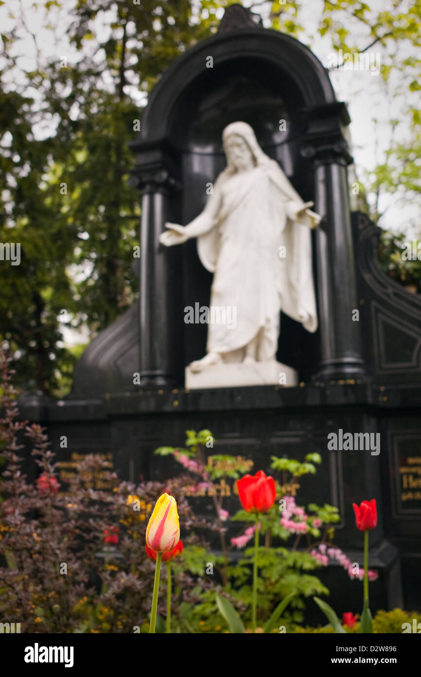 Berlin, Germany, Jesus figure in the cemetery of the French-Ref. Community - Stock Image