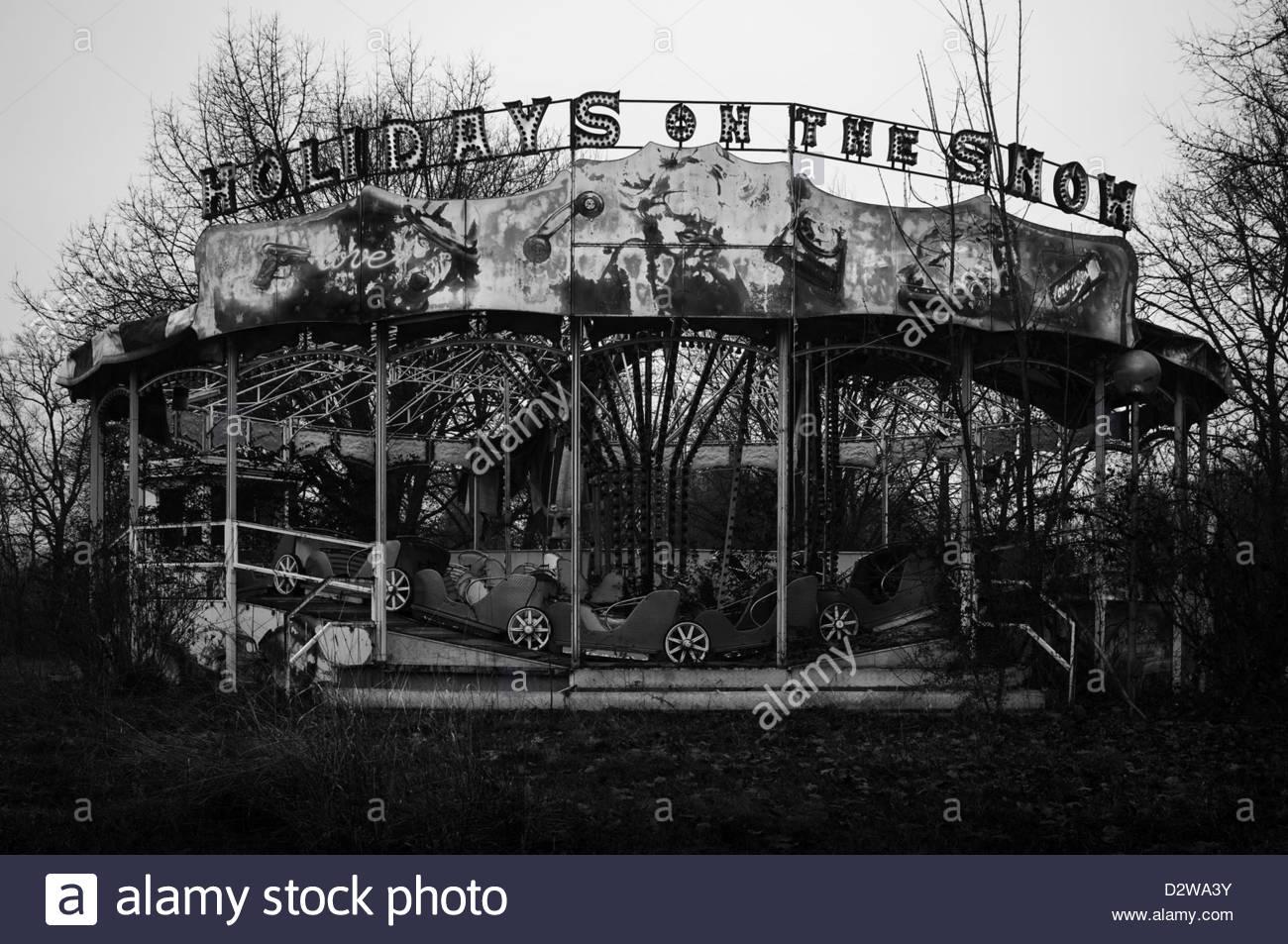 Abandoned fun fair. Carousel - Stock Image