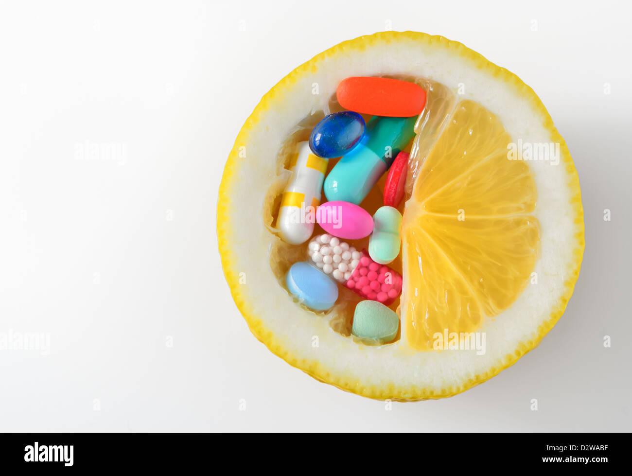 vitamin c pills - Stock Image