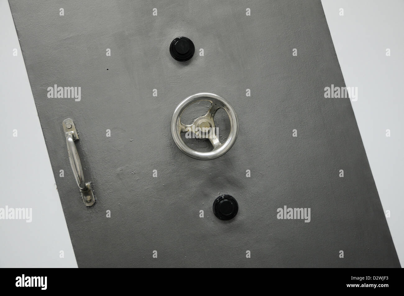 old bank vault door - Stock Image