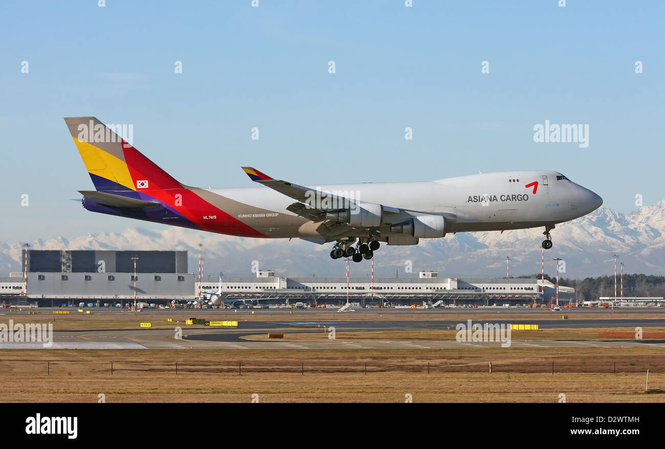 Asiana Airlines, Cargo, Boeing 747-400F - Stock Image