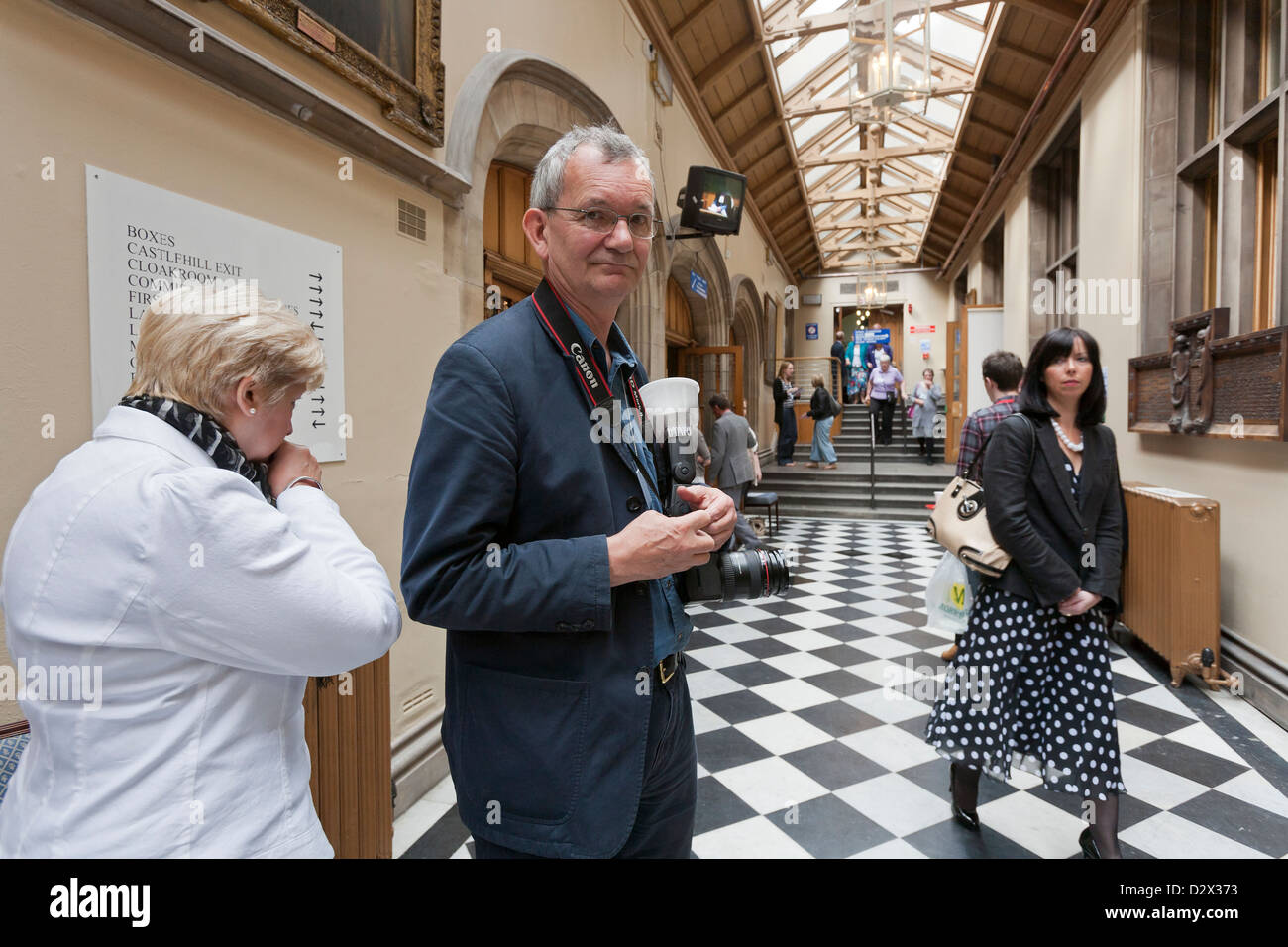 British photographer Martin Parr working at The General Assembly of the Church of Scotland 2011 - Stock Image