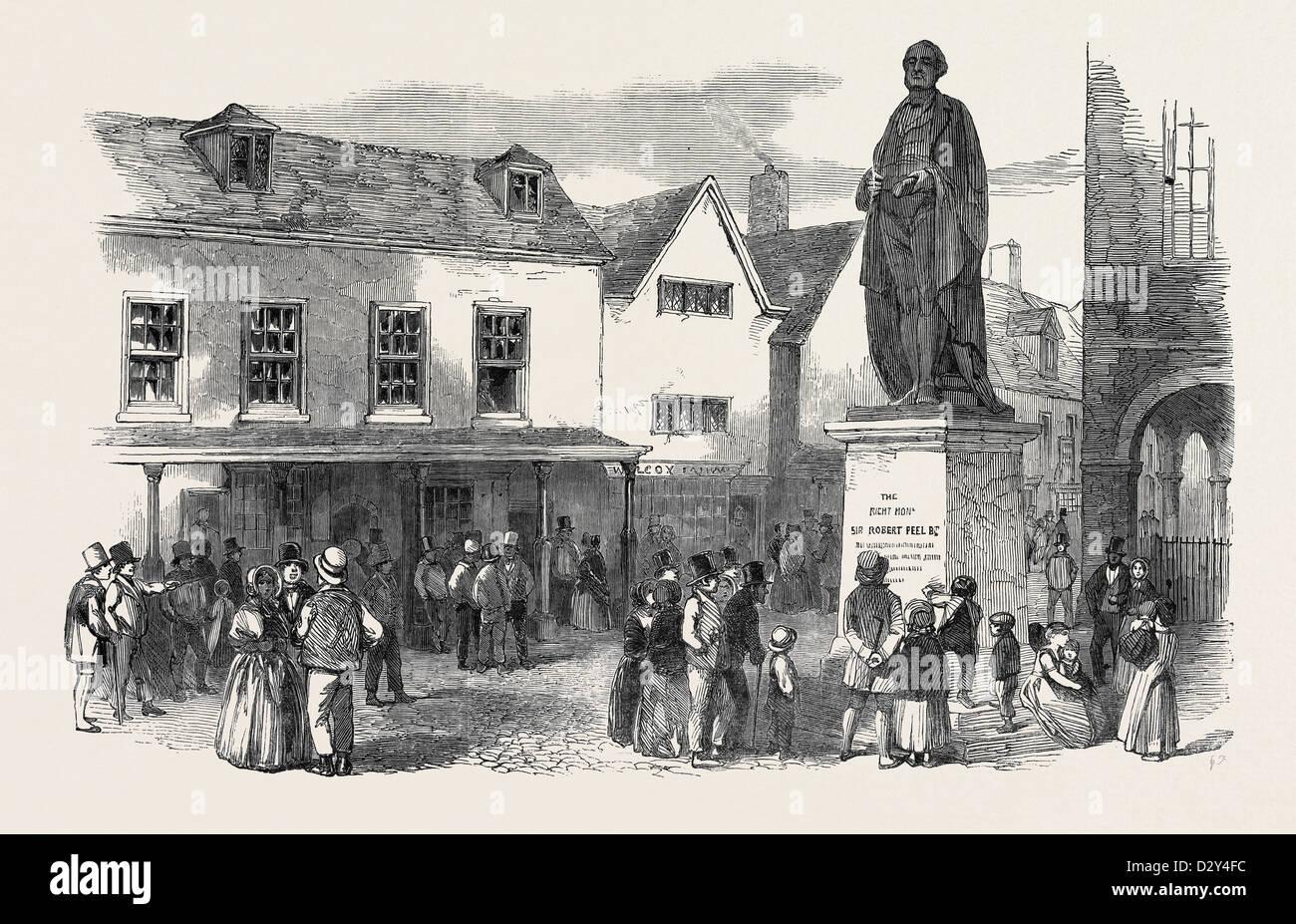 STATUE OF THE LATE SIR ROBERT PEEL, AT TAMWORTH - Stock Image