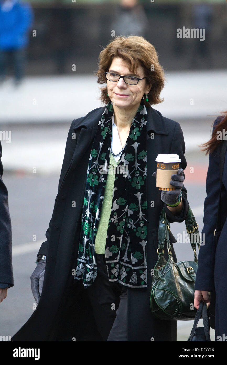 5th February 2013. Southwark Crown Court, London, UK.  Picture shows Vicky Pryce arriving at Southwark Crown Court - Stock Image