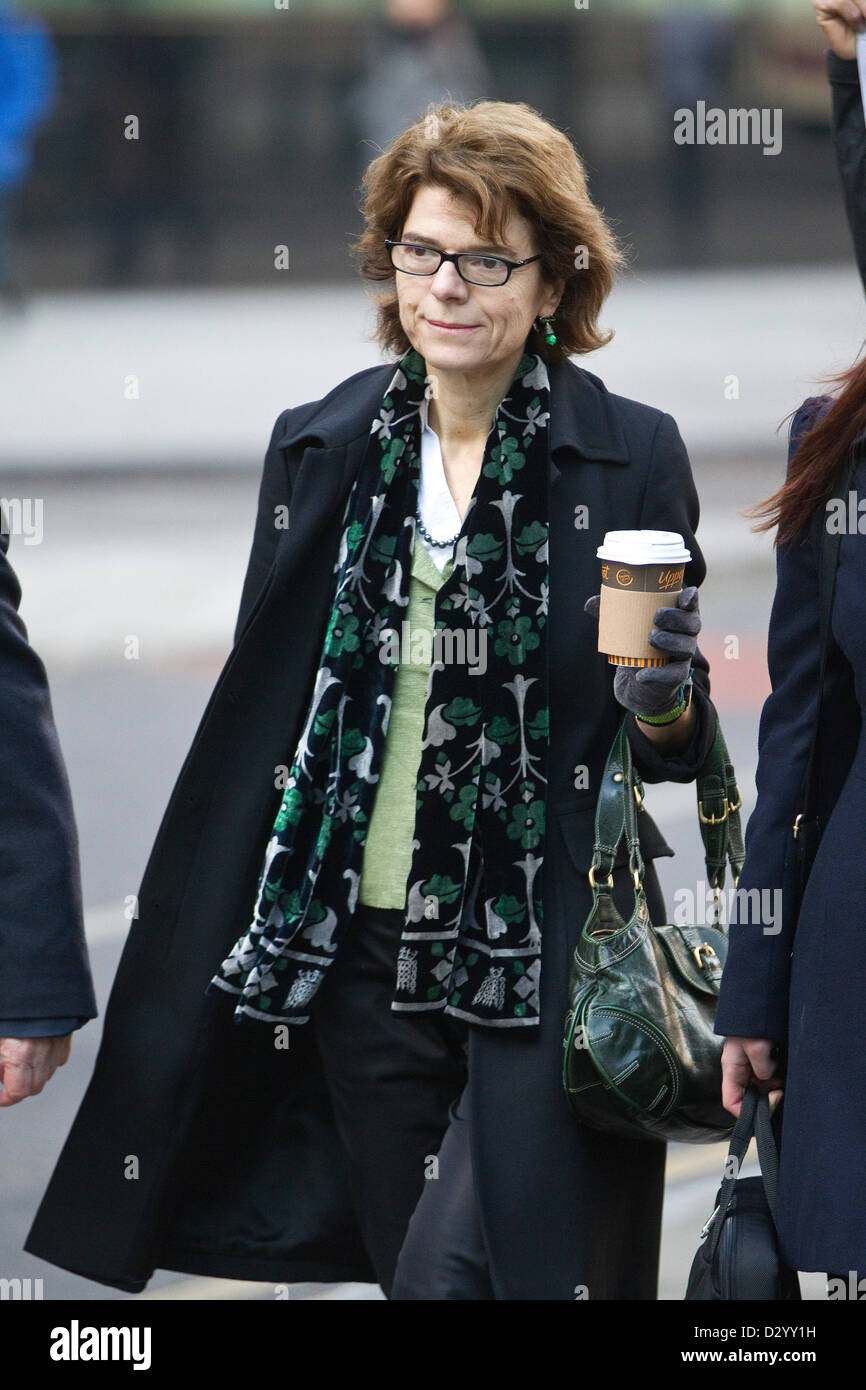 5th February 2013. Vicky Price, Southwark Crown Court, London, UK Picture shows Vicky Pryce arriving at Southwark Stock Photo
