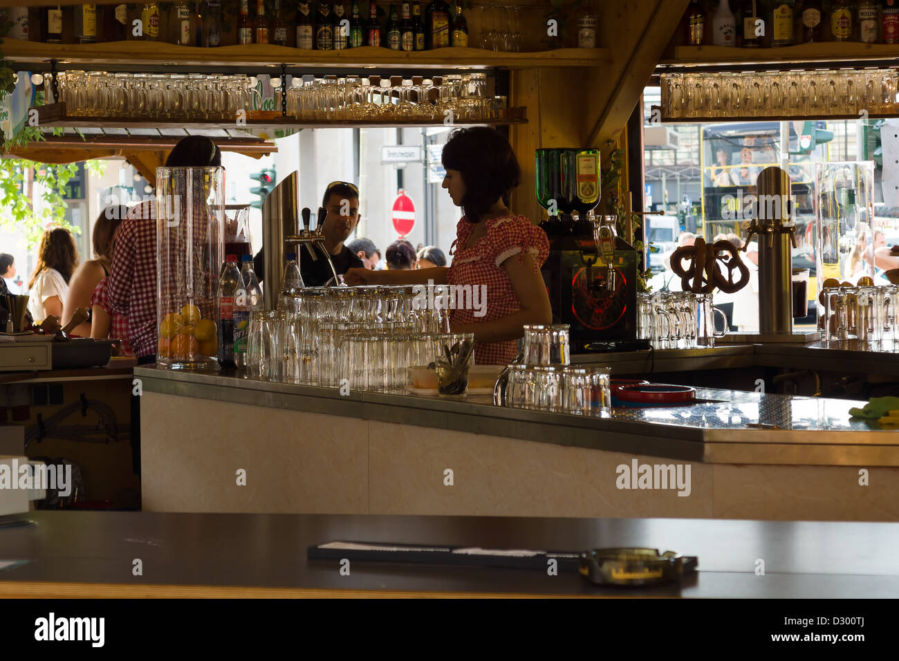 Outdoor Point to sell beer. Berlin. - Stock Image