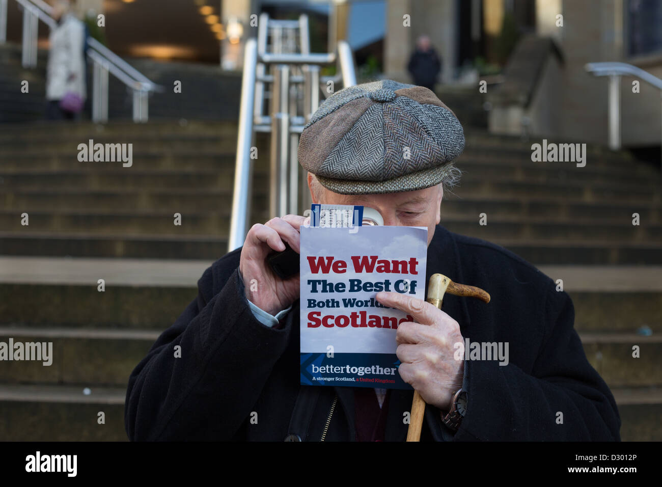The 'Better Together' multi-party/ anti-independence/ pro-Union, leafleting team campaign in Glasgow, Scotland. - Stock Image