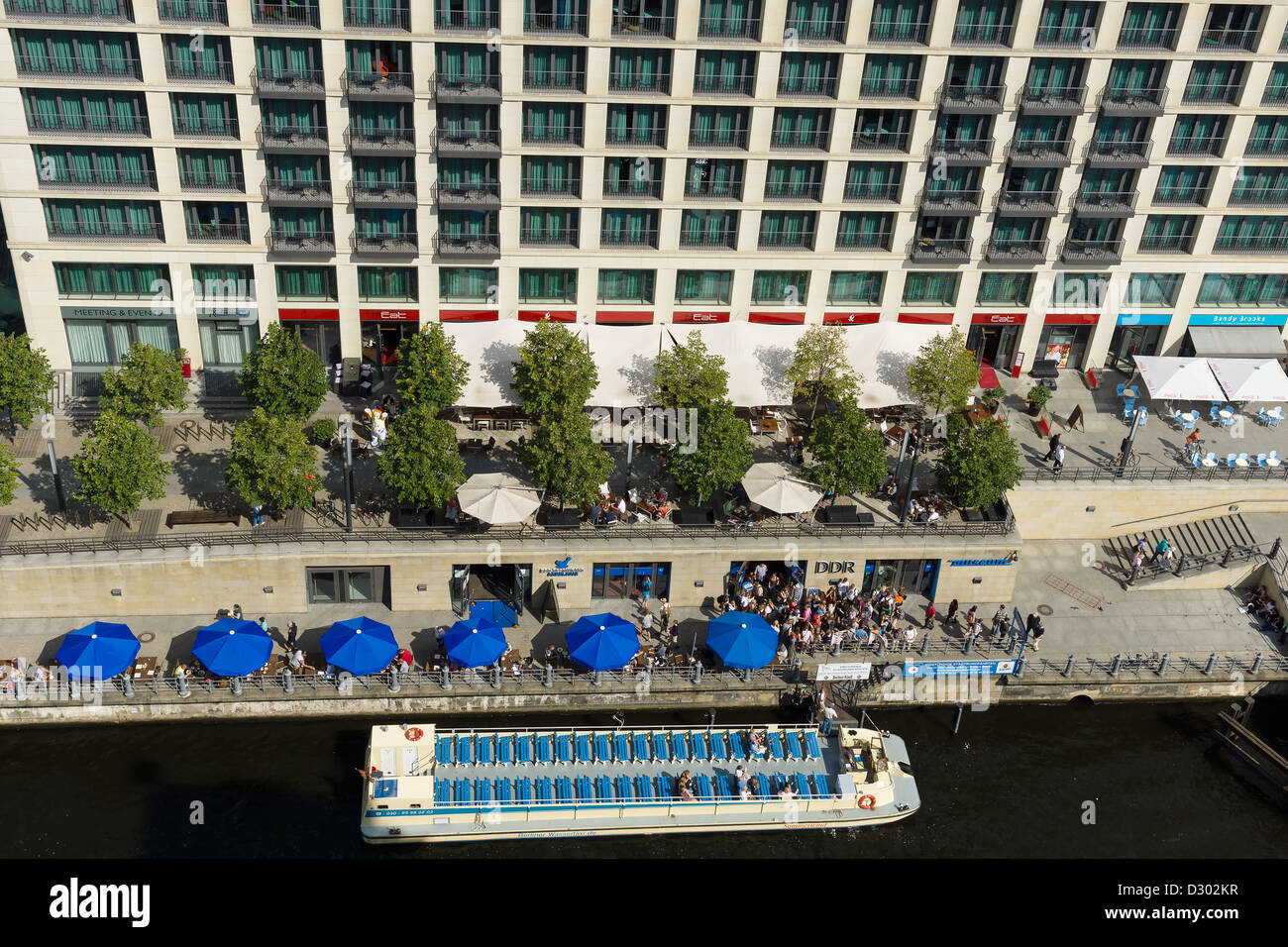 DDR Museum, Spree embankment and mooring for pleasure boats with a bird's eye view - Stock Image