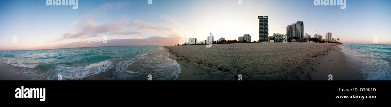 360 on the beach in Miami Florida with a 360 degree view. - Stock Image