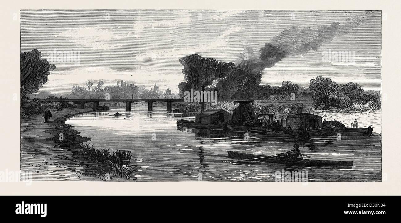 THE CAM RIVER IMPROVEMENTS: DREDGING NEAR CAMBRIDGE UK 1869 - Stock Image