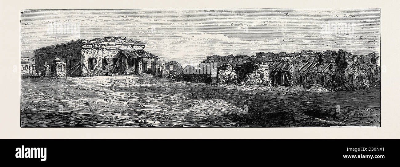 BARRACKS AT CAWNPORE, DEFENDED BY GENERAL WHEELER IN 1857, UNTIL REDUCED TO THIS CONDITION, Indian rebellion - Stock Image