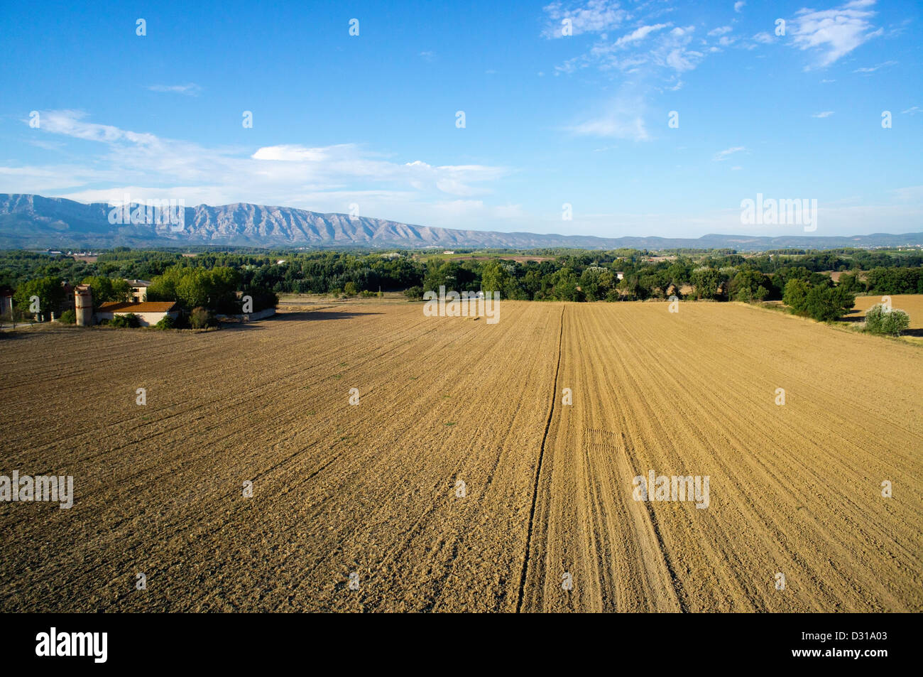 Trets, Bouches-du-Rhône, France - Plowed fields in autumn with Sainte-Victoire mountains in the background - Stock Image