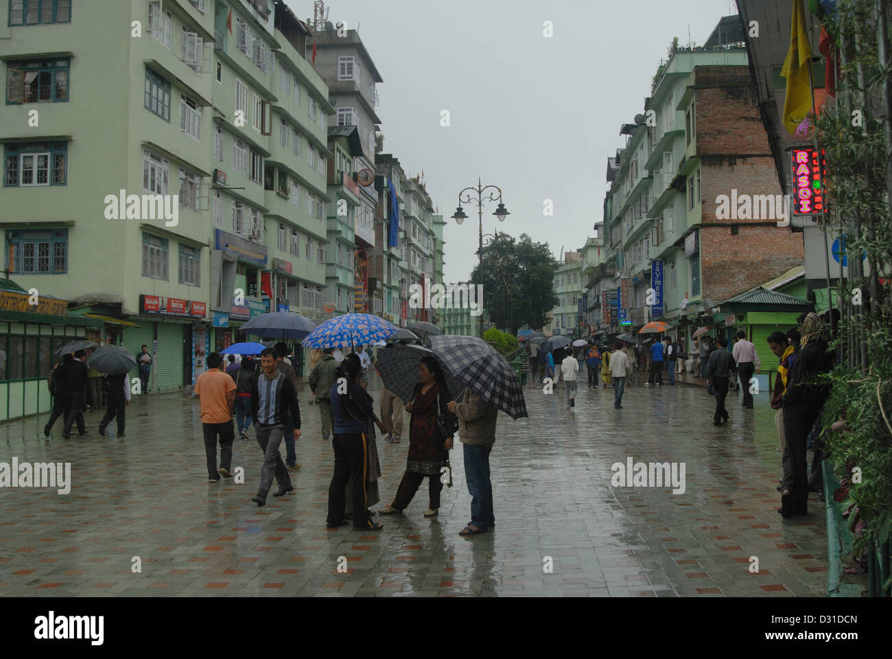 General-View of the Mall road, main shopping area in Gangtok (Sikkim). - Stock Image