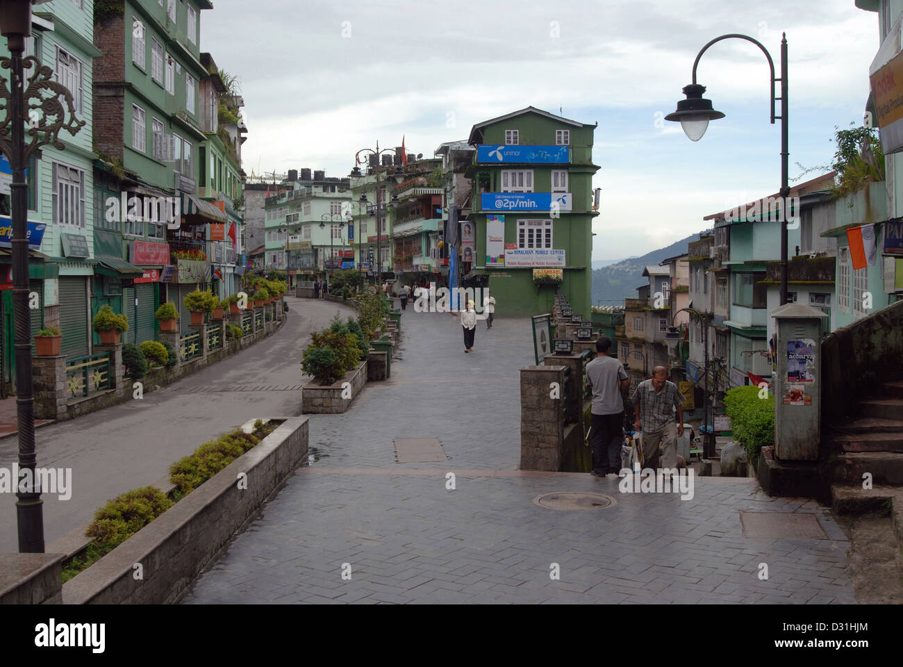 General-View of the Mall road, showing houses and shops which is the  main shopping area in Gangtok (Sikkim) - Stock Image