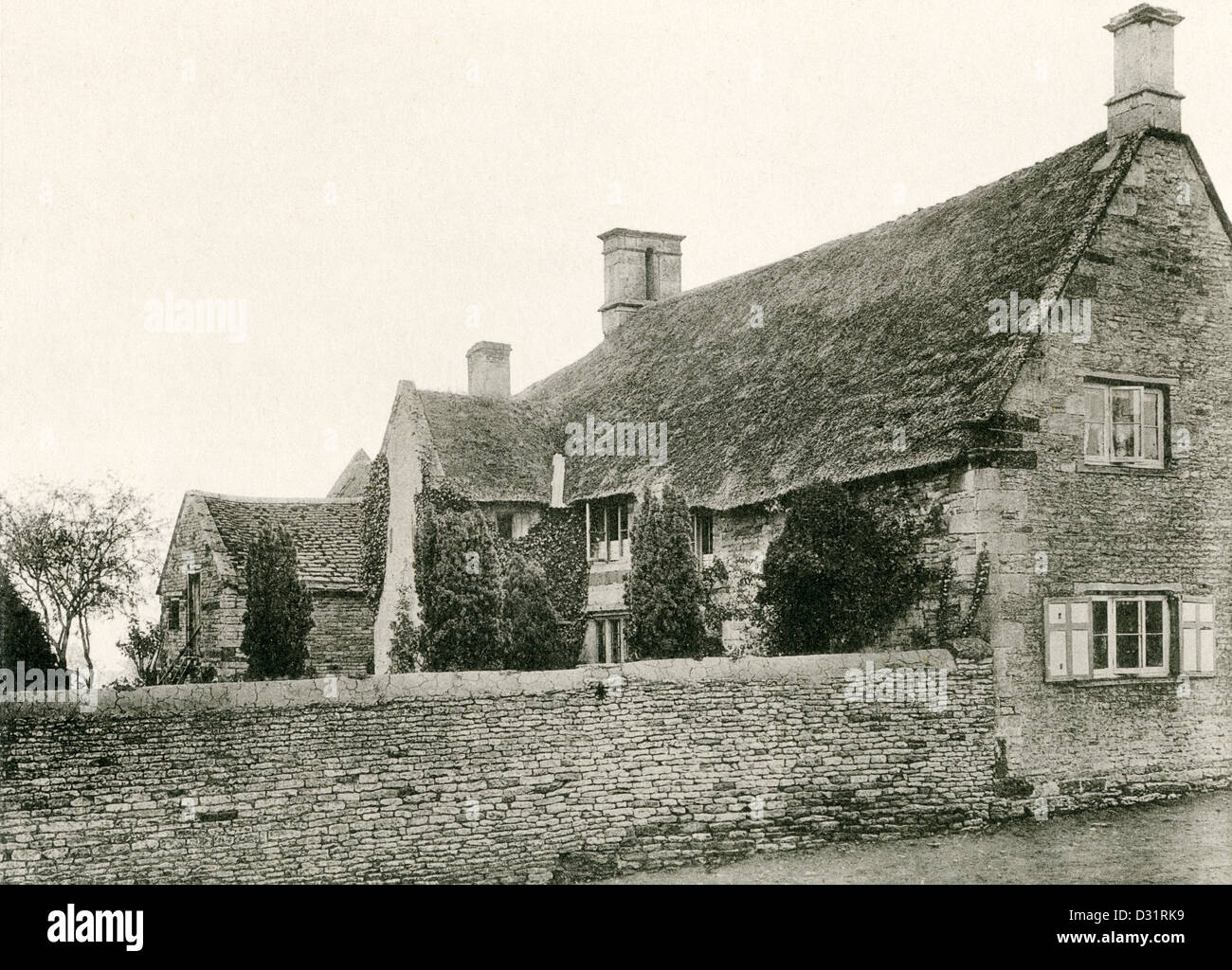 A collotype plate entitled ' A Farmhouse at Gretton, Northants.' from a book published in 1905. - Stock Image