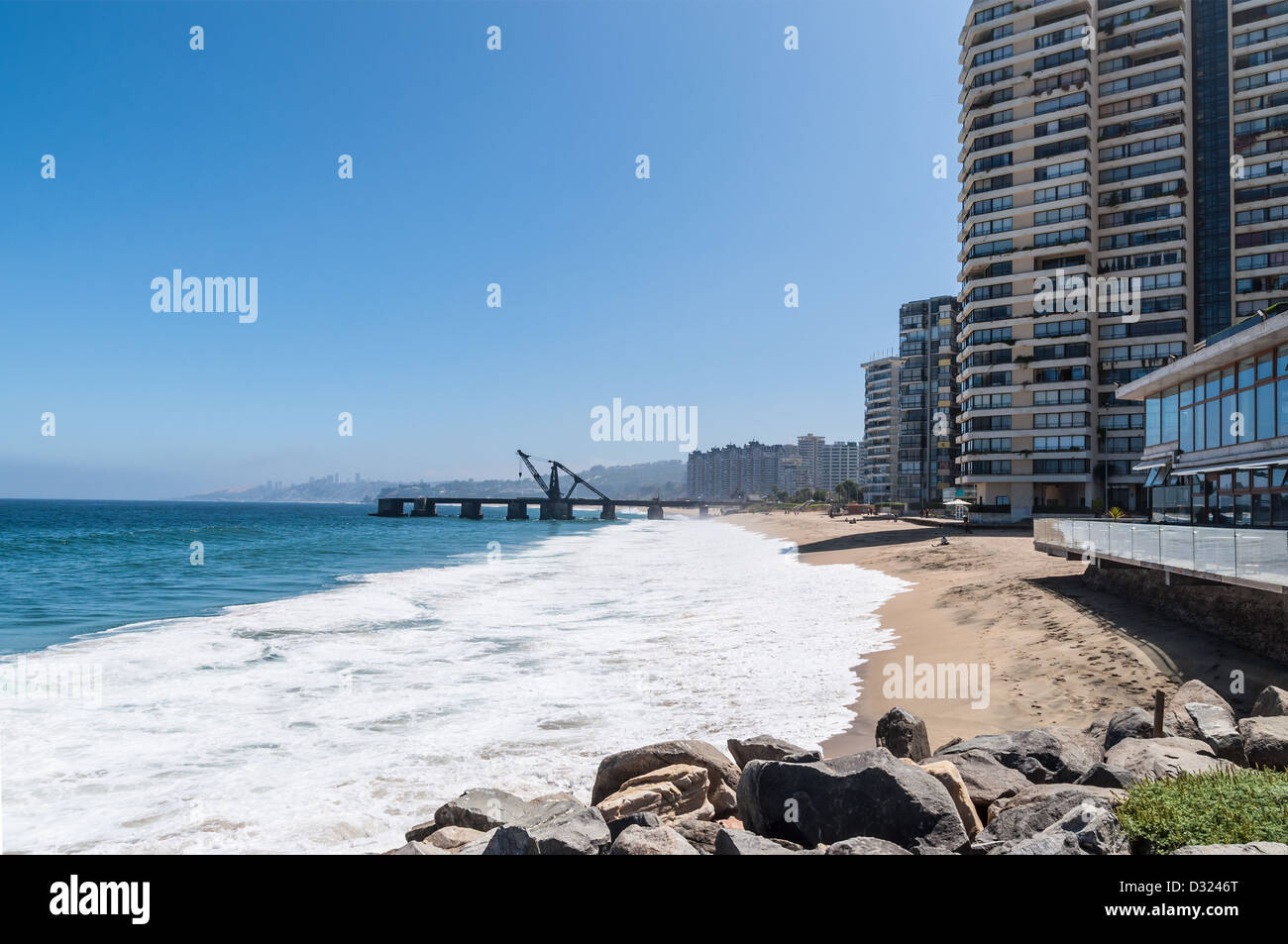 View on the beach of Vina del Mar in Chile. - Stock Image