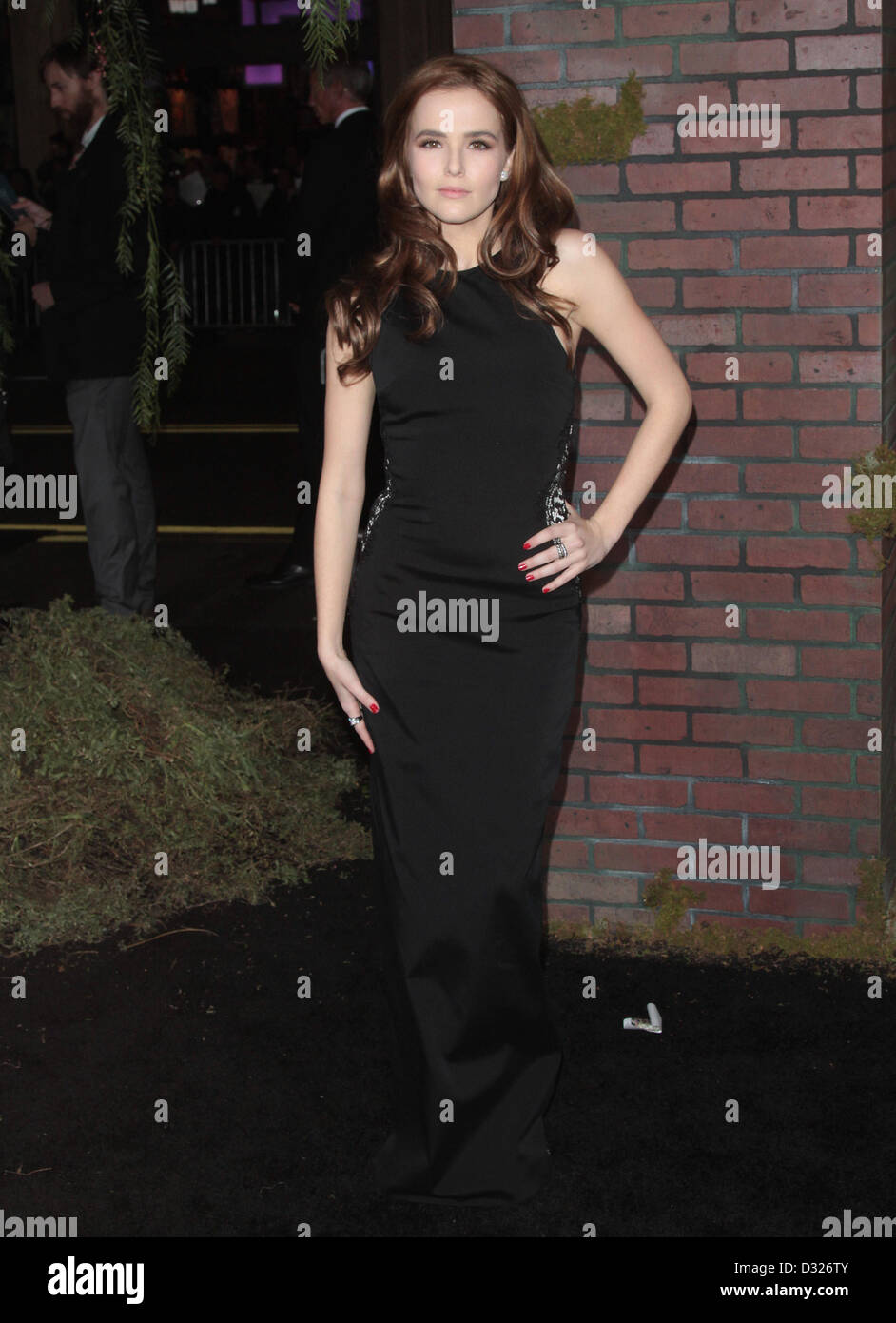 ZOEY DEUTCH BEAUTIFUL CREATURES PREMIERE LOS ANGELES ... Zoey Deutch Beautiful Creatures Premiere