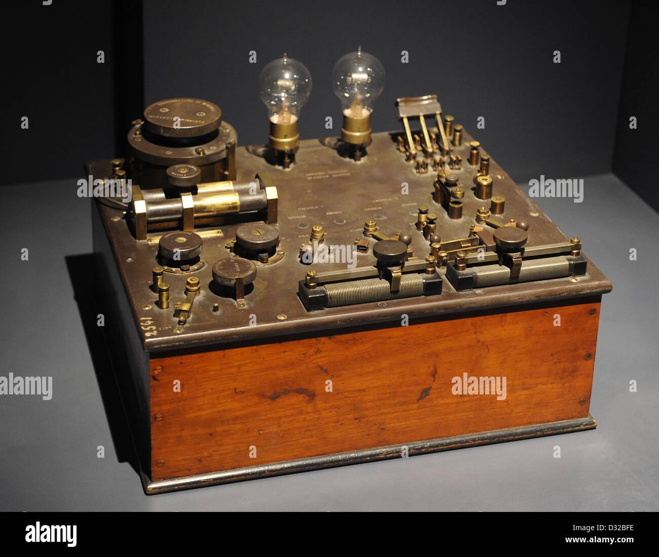 Two-valve radio-receiver. 1917. Officine Marconi, Genova. National Museum of Science and Technology Leonardo Da - Stock Image