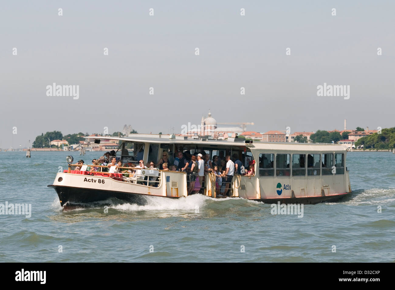 A busy vaporetto (water-bus), Venice, Italy. - Stock Image
