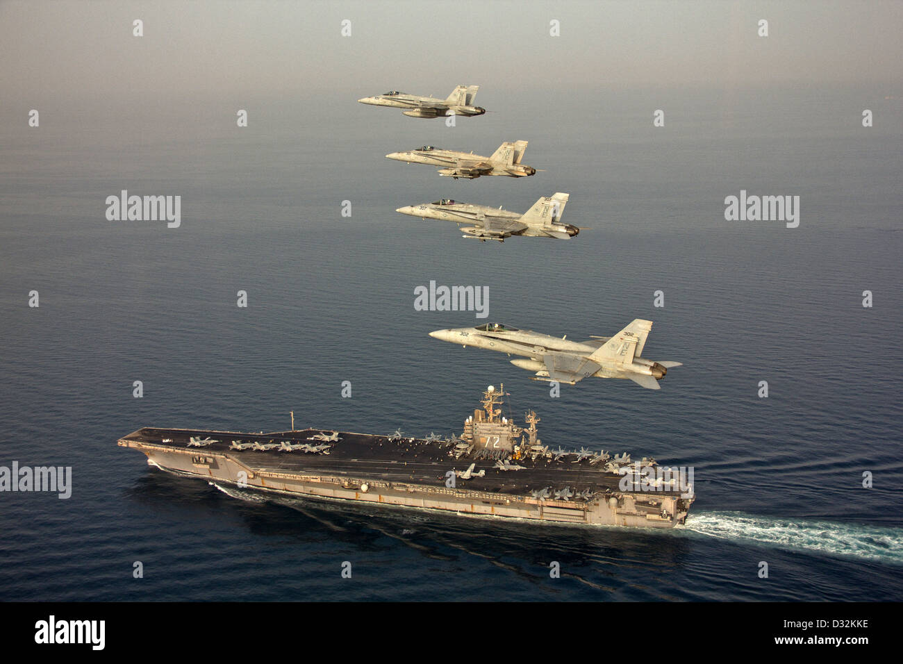 Nimitz-class aircraft carrier USS Abraham Lincoln (CVN 72) - Stock Image