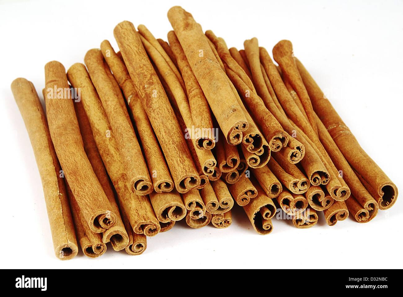 Big pile of spicy cinnamon sticks isolated Stock Photo: 53535760 - Alamy