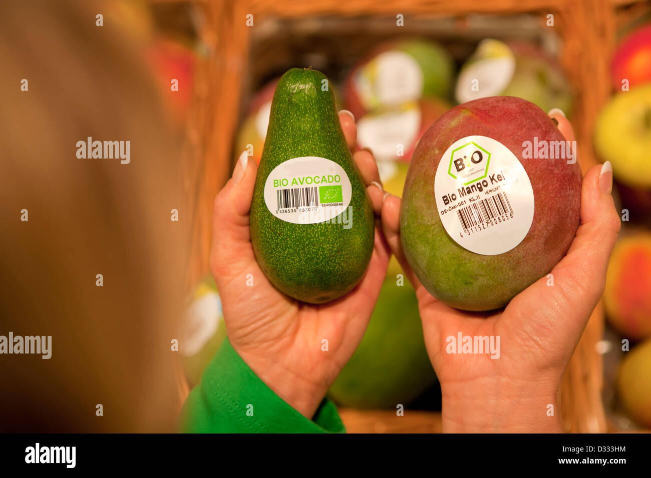 Customer buying organic products Stock Photo: 53543776 - Alamy