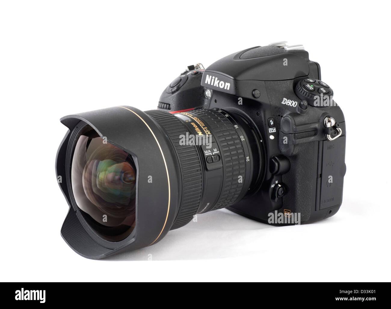 A Nikon D800 digital SLR with AF-S Nikkor 14-24mm f2.8 G ED zoom lens - Stock Image