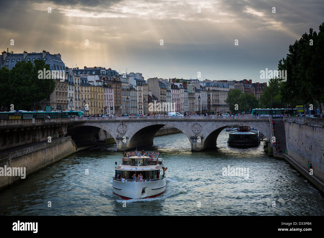 Sightseeing boat on the river Seine in Paris, France - Stock Image