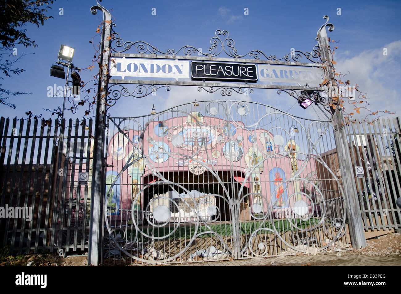 Etonnant The Entrance To The Ill Fated London Pleasure Gardens In Silvertown, In  Londonu0027s Docklands