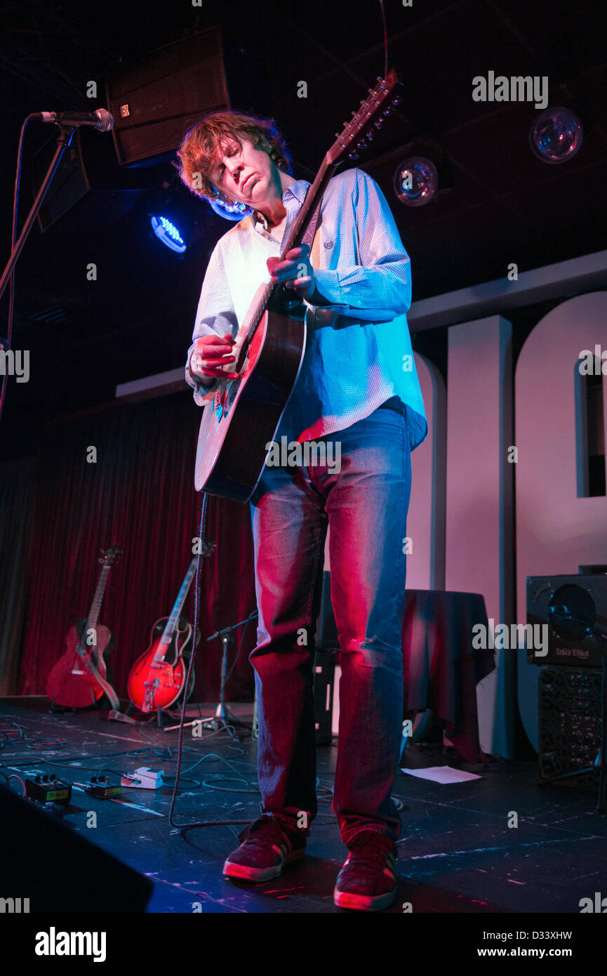 Thurston Moore, formerly of US alt-rock band Sonic Youth,  performing at the Glee Club, Birmingham, UK, 7 February - Stock Image