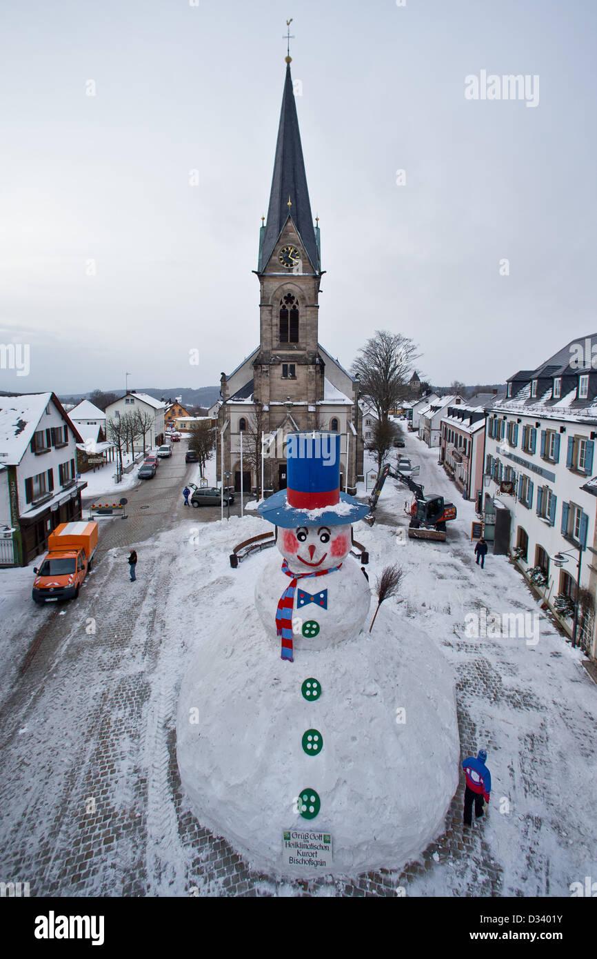 Bischofsgruen, Germany. 8th February 2013. View of 'Jacob', Germany's biggest snowman, in Bischofsgruen, - Stock Image