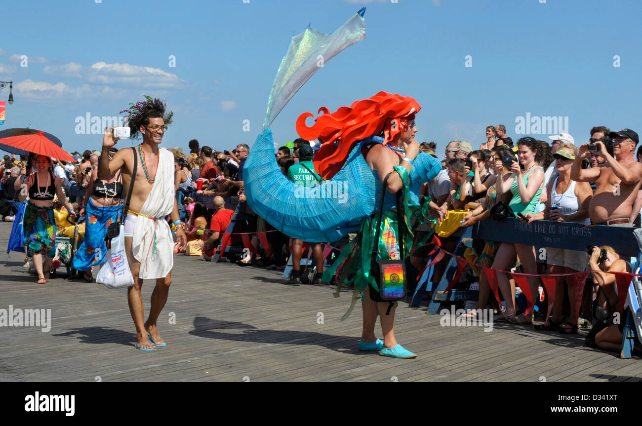 Coney Island Mermaid Parade: The parade pays homage to the Coney Island Mardi Gras parades of the early 20th century. Stock Photo