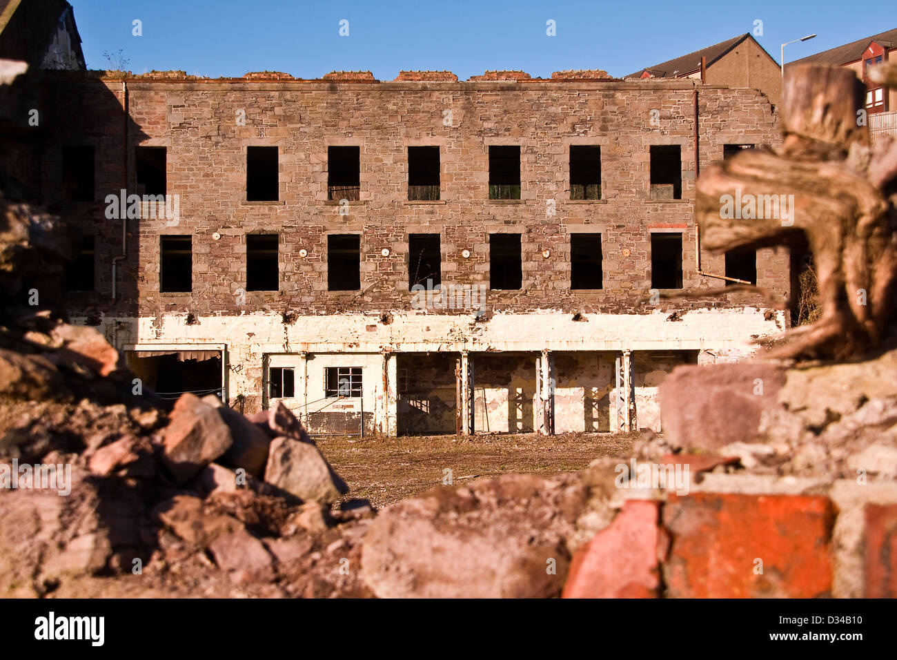 Empty and derelict the 1836 William Halley & Sons Ltd Jute Mill is a Listed Building in Dundee,UK - Stock Image