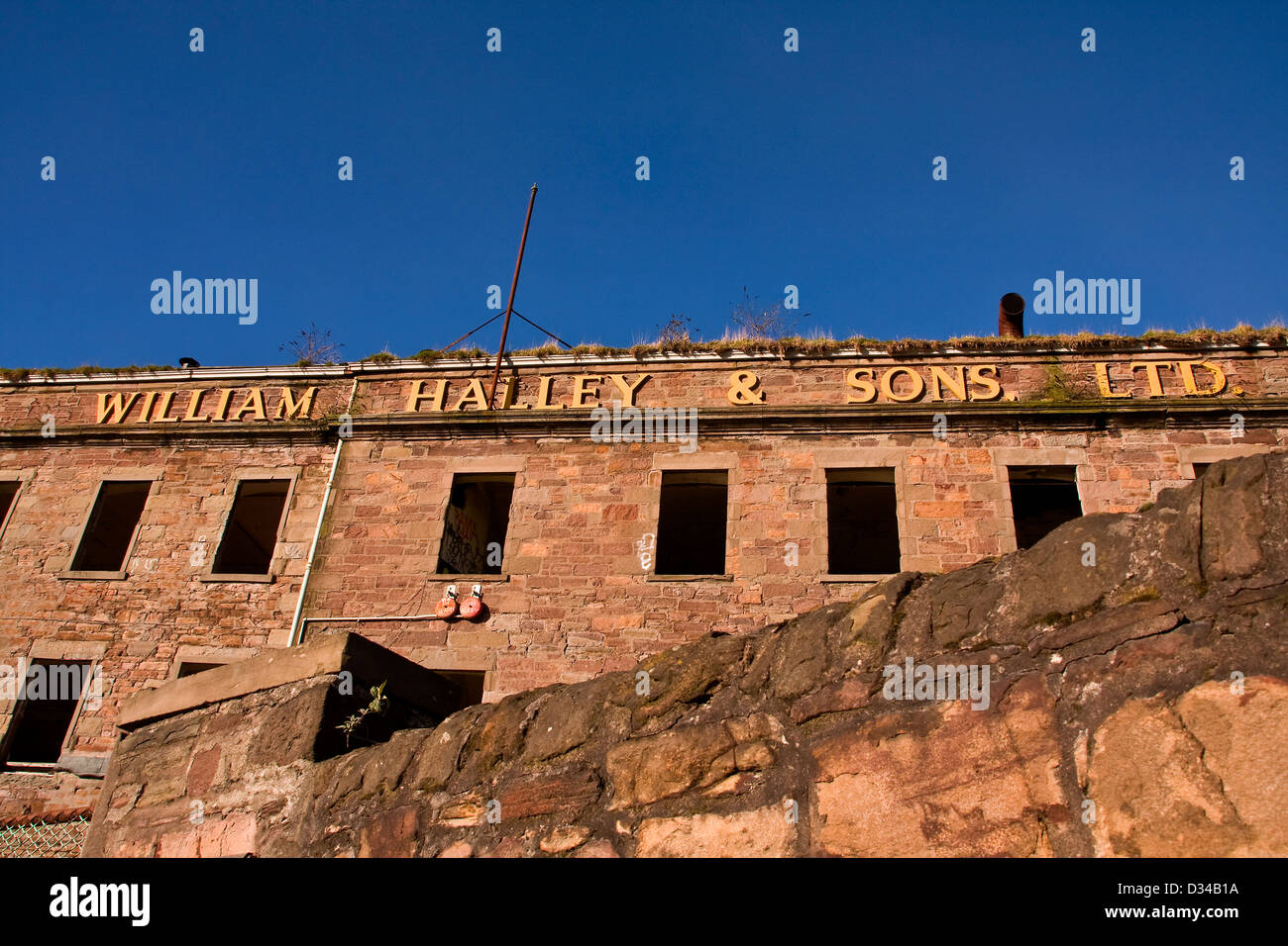 The historical and derelict 1836 William Halley & Sons Ltd Jute Mill is a Listed Building in Dundee,UK Stock Photo