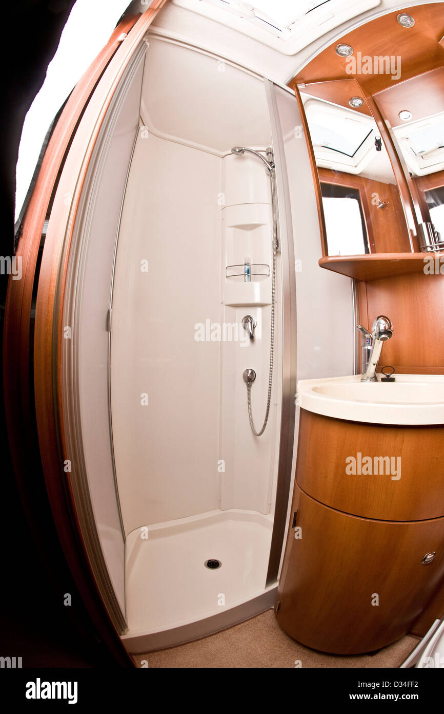 Shower cubicle and sink in the Concorde luxury motorhome - Stock Image