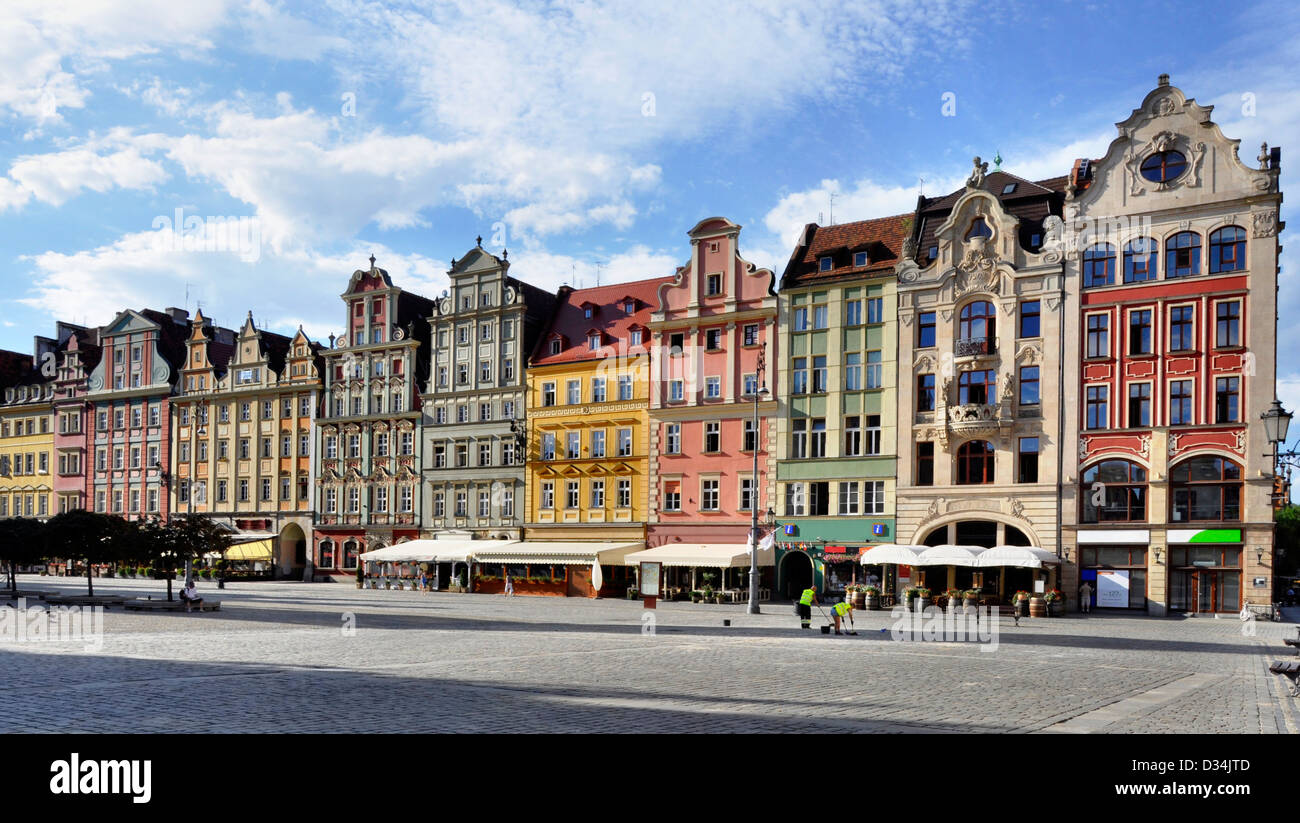 Facades of old historic tenements on Rynek (Market Square) in Wroclaw (Breslau), Poland - Stock Image