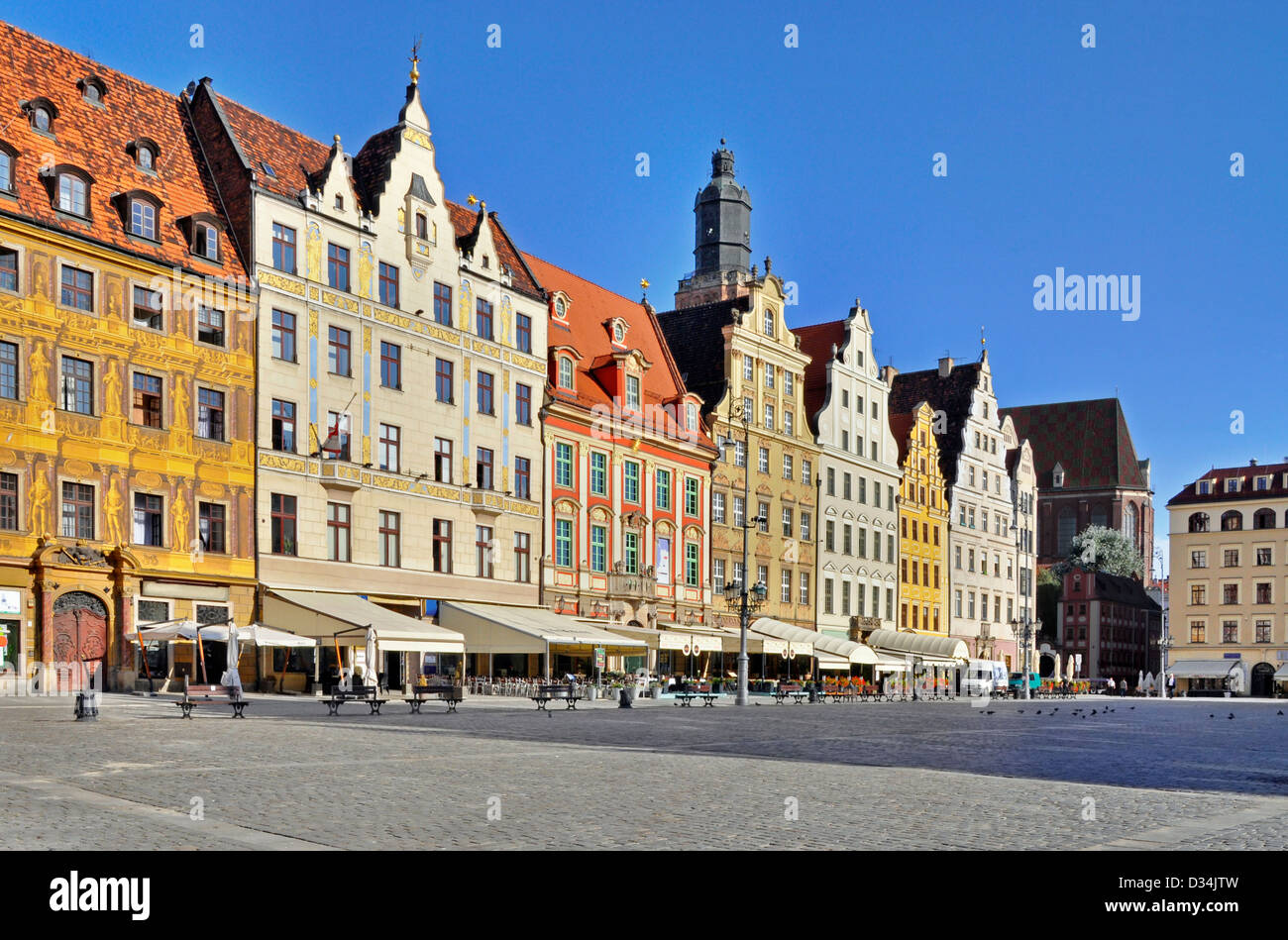Rynek (Market Square) in Wroclaw (Breslau), Poland with old historic tenements Stock Photo