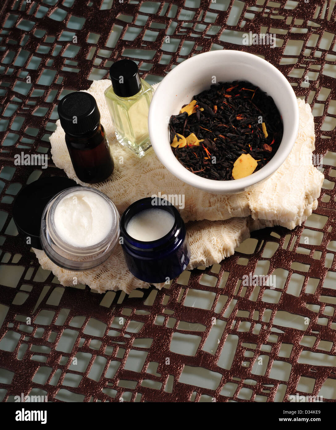 Aromatherapy with potpourri, essential oils and lotions - Stock Image