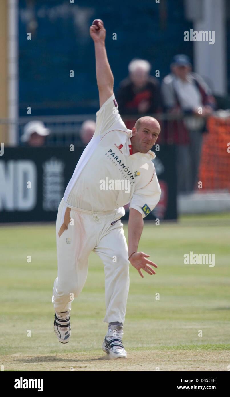 21.05.08 Glamorgan v Northants at St. Helens Swansea David Harrison bowls at David Sales. - Stock Image